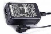 Продаю зарядное устройство для цифрового фотоаппарата Sony AC-LM5 (ори