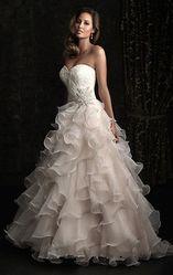 Продается или сдается очень красивое свадебное платье