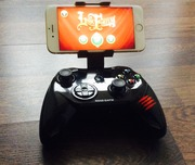 Беспроводной геймпад Mad Catz C.T.R.L. I Для iPhone/iPad
